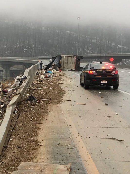 636523001296911124-trash-crash.jpg