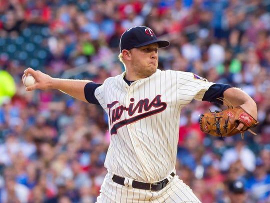 Minnesota Twins starting pitcher Tyler Duffey (56)