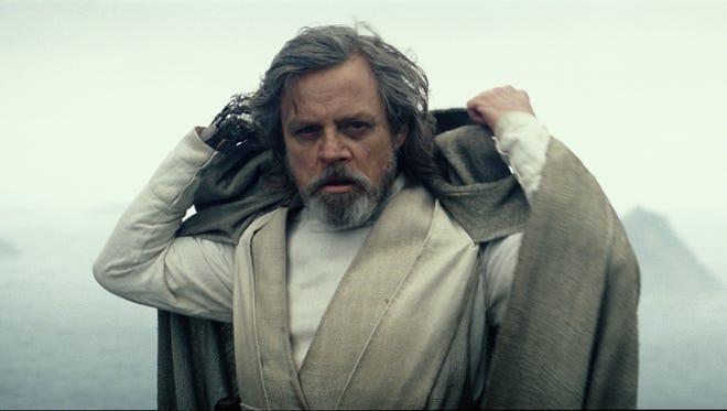 Luke Skywalker (Mark Hamill) revealed himself at the end of 'Star Wars: The Force Awakens.'