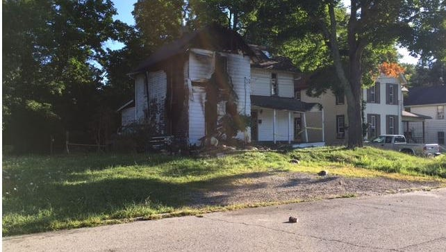 Mansfield firefighters Monday at 9:31 p.m. extinguished a fire in a vacant house at 666 W. Third St.