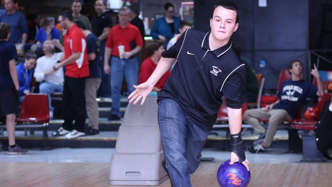Senior David Grant helped Fort Lee earn a share of its fourth Big North American Division boys bowling title in five seasons.