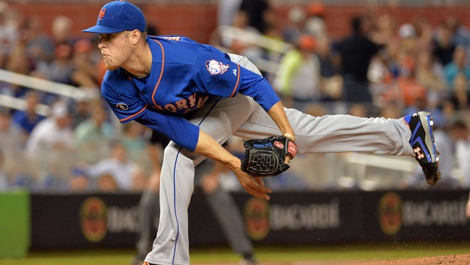 The Mets' Zack Wheeler throws a pitch during the first inning against the Miami Marlins at Marlins Ballpark on Thursday night.