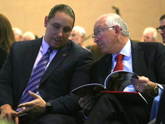 Jeff Grubbe, chair of the Agua Caliente Band of Cahuilla Indians, speaks with former Interior Secretary Ken Salazar at the Southern California Energy and Water Summit in Palm Springs on Oct. 1, 2015.
