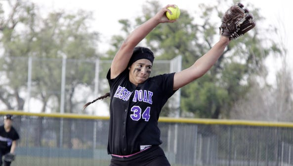 Mission Oak Hawks pitcher Mariah Mazon fires a pitch