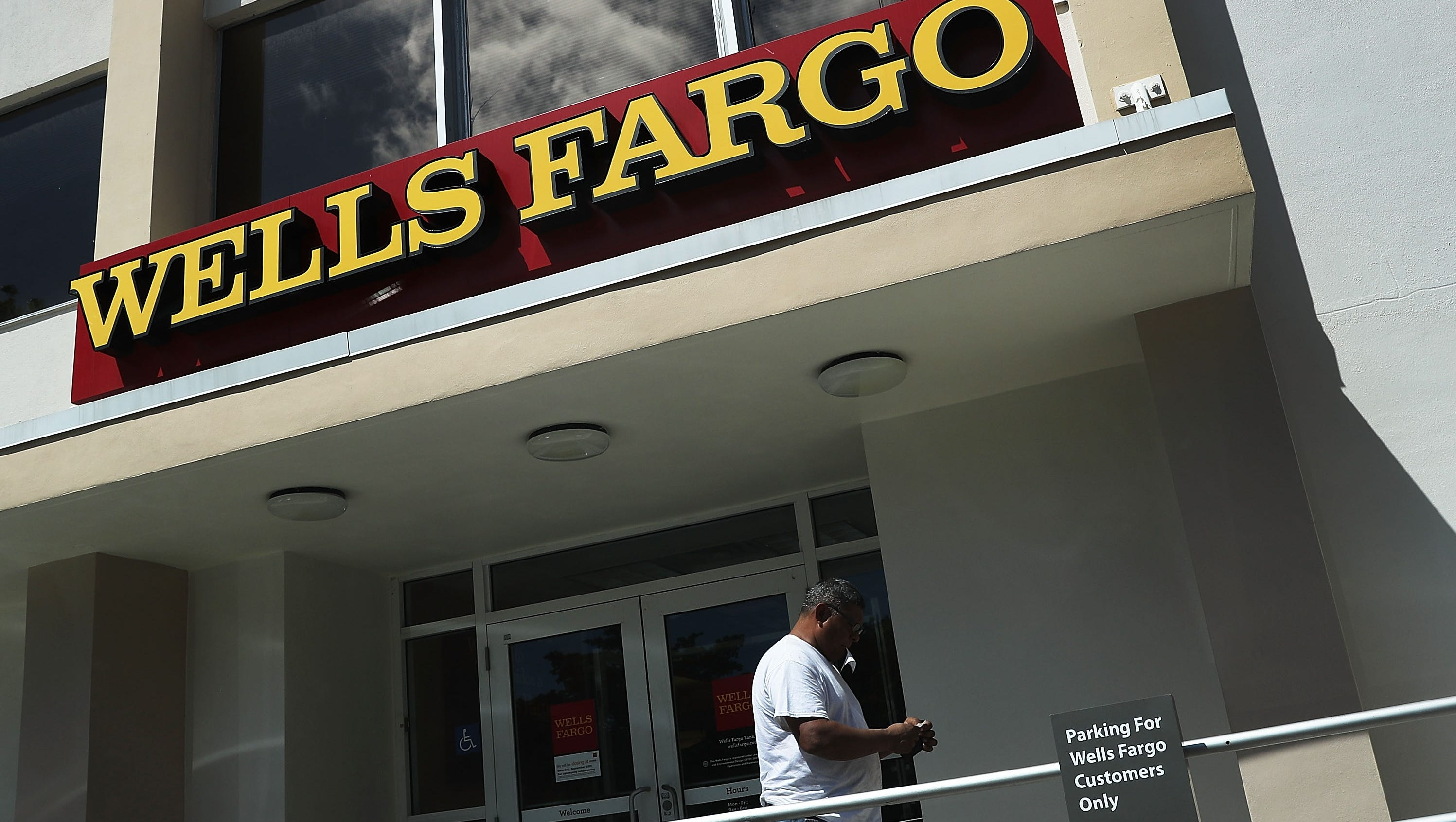 Wells Fargo Separates Ceo And Chair Jobs