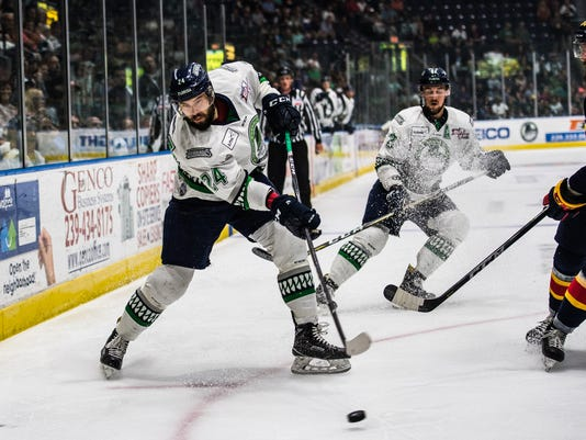 NDN 0603 Everblades Kelly Cup Game 5 007
