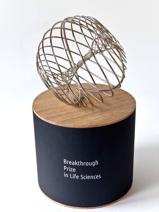 Breakthrough_prize_trophy