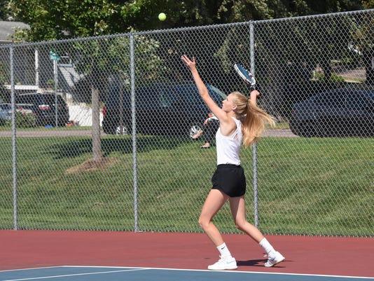 636722768435825404-Tennis-017.JPG