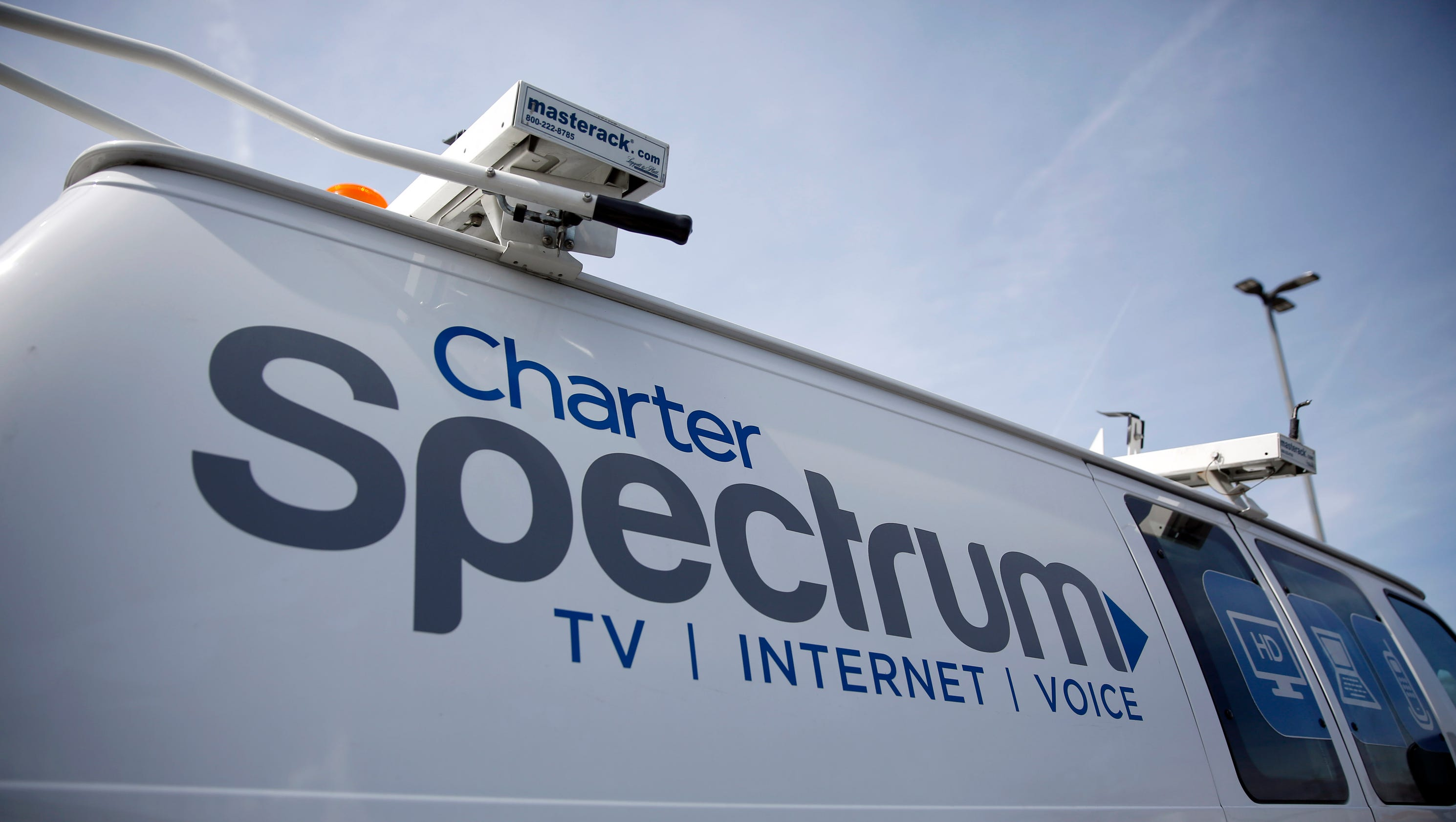charter buys time warner cable in  55b deal