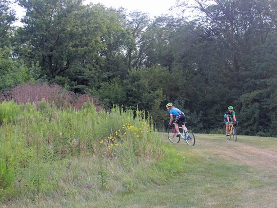 Cyclists try out Coralville's Creekside Cross cyclocross