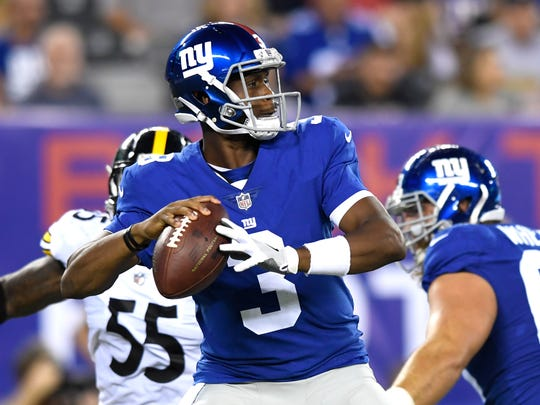 New York Giants quarterback Geno Smith (3) entered the game in the second quarter of the preseason game between the New York Giants and the Pittsburgh Steelers in East Rutherford, NJ on Friday, August 11, 2017.