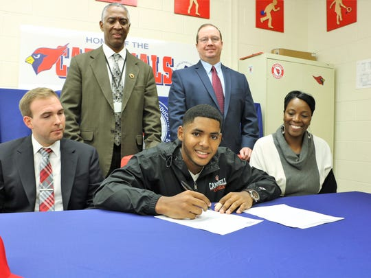 Plainfield's Waldy Arias signs his National Letter of Intent to play baseball at Campbell University.