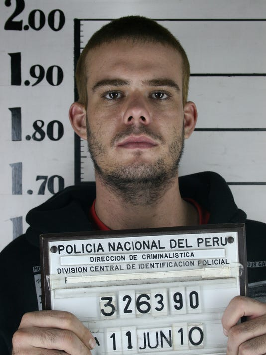 Report: Joran van der Sloot stabbed twice in prison