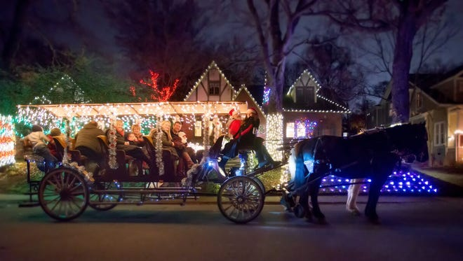 The Hillsboro-West End Neighborhood Association is offering carriage rides Dec. 5-6 to tour the neighborhood.
