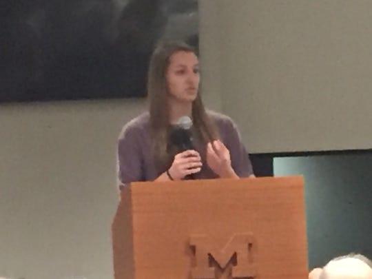 U-M diver Allie Murphy speaks at Ufer Quarterback Club