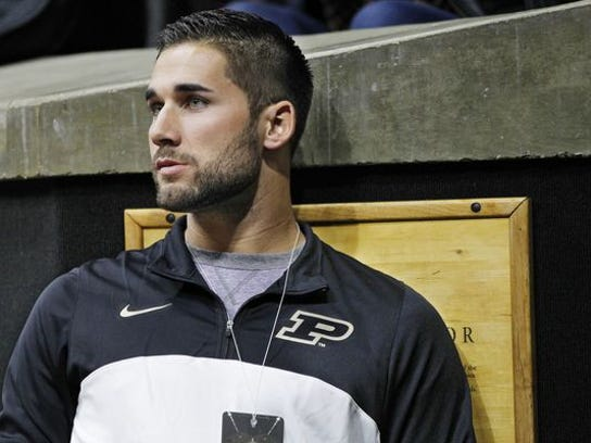 Tampa Bay Rays outfielder Kevin Kiermaier takes in