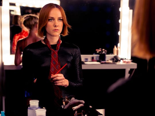 Jena Malone is a protective makeup artist in 'The Neon