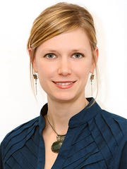 CBRE promotes Emily Cantley of the Central Midwest Multifamly team to senior analyst.