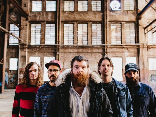 635689270166759834-manchester-orchestra