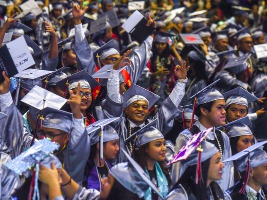 636639465235933806-Sharks-graduation-54.JPG