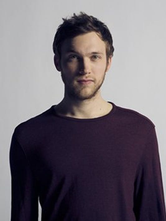 3_2_Phillip_Phillips_full_jpg__320x342_q85.jpg