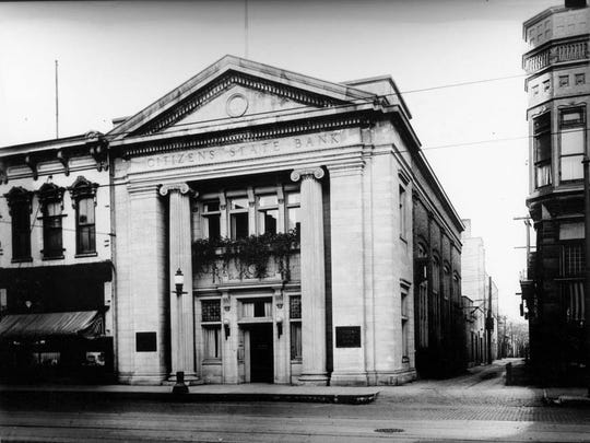 Citizens Bank once located on the east side of Eighth Street just north of the Schlicht building.