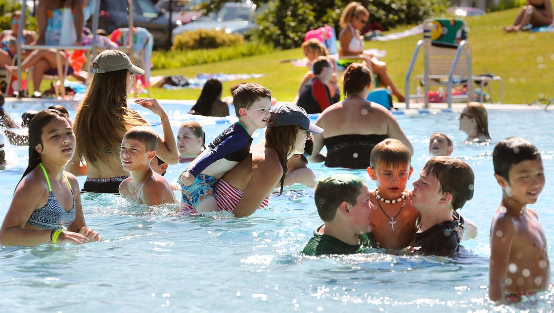 As Public Pools Fill Up Rules Are Enforced