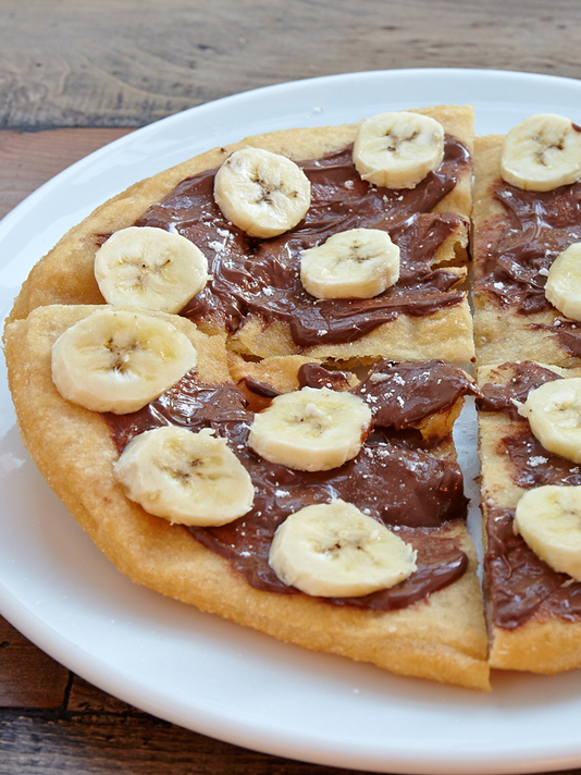 Izzy's nutella pizza