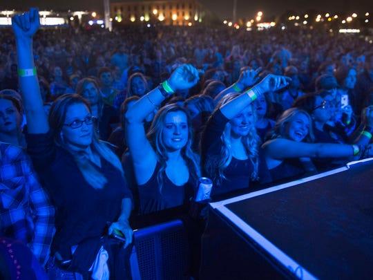 Thousands showed up to hear hometown musician Chris