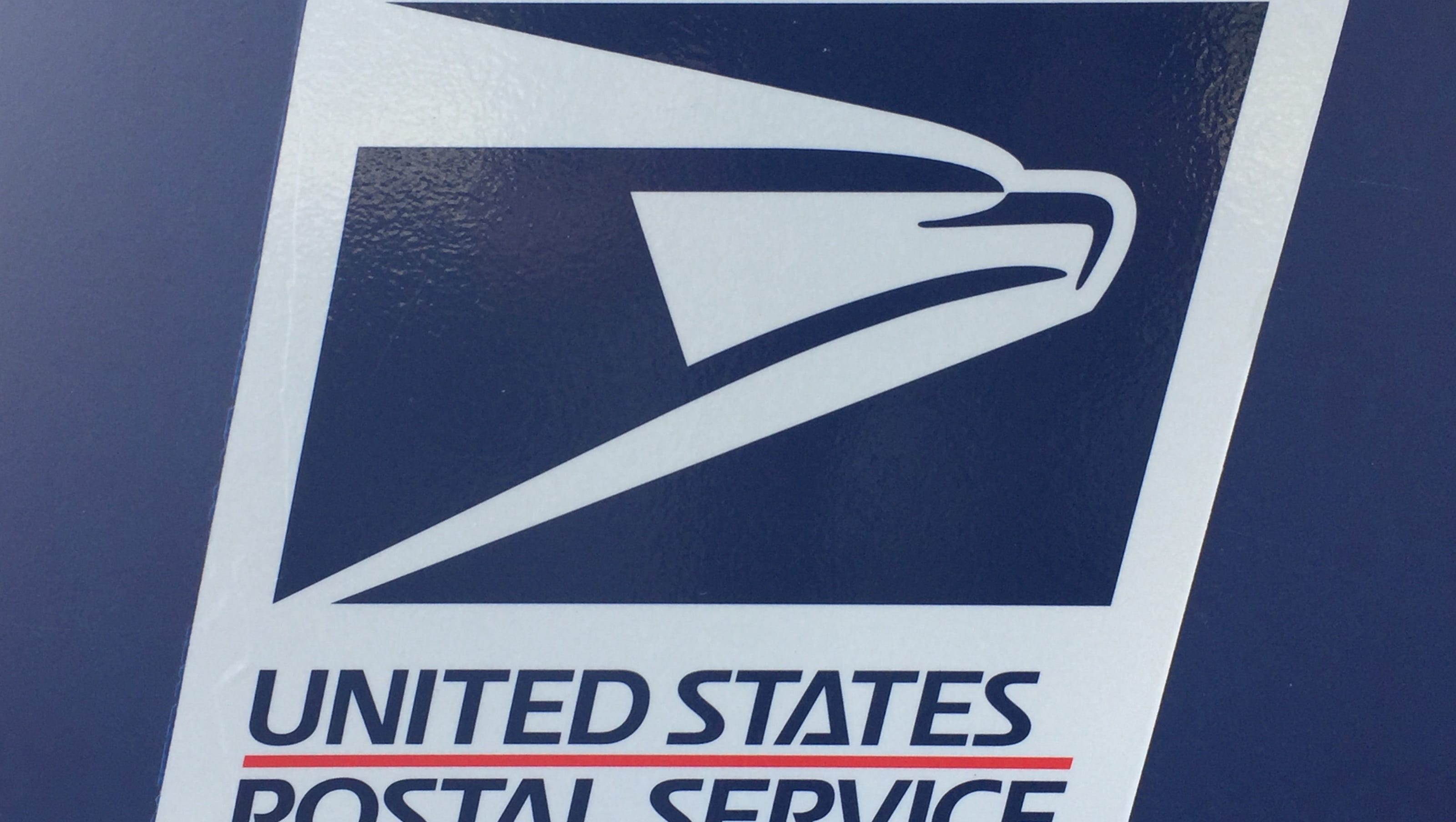 Postal worker quits, boxes of mail found on side of road