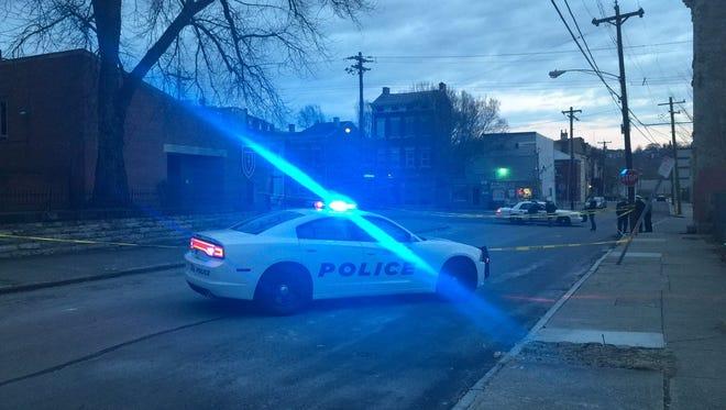 A Cincinnati police squad car responds to a call in 2016.