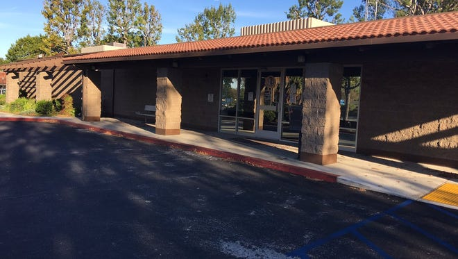 The Free Clinic of Simi Valley may be pulling out of the long-planned Under One Roof project and setting up its own one-stop center for nonprofits in this vacant building owned by Ventura County on Royal Avenue.