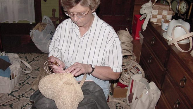 A master and apprentice team from the Tennessee Arts Commission's Tennessee Traditional Arts Apprenticeship Program will demonstrate white oak basket making from 10 a.m. to 4 p.m. Saturday at The Arts Center of Cannon County, 1424 John Bragg Highway.