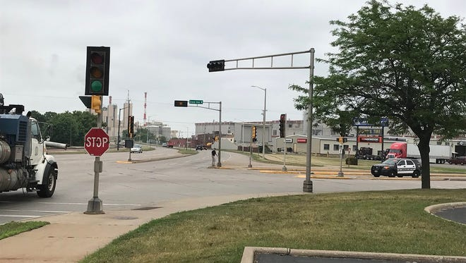 Traffic signals at the intersection of West Grand Avenue and West Riverview Expressway were dark Tuesday, June 12, 2018, during a brief power outage on Wisconsin Rapids' west side.