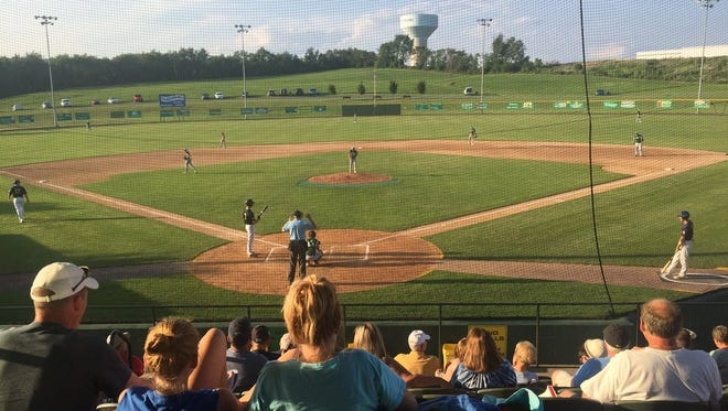 It was a beautiful night for baseball at Wenger Field on Thursday and host Fredericksburg took advantage, battering Richland 16-7 to advance to the county championship game.