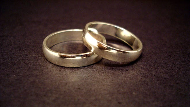 A stock photograph of wedding bands.