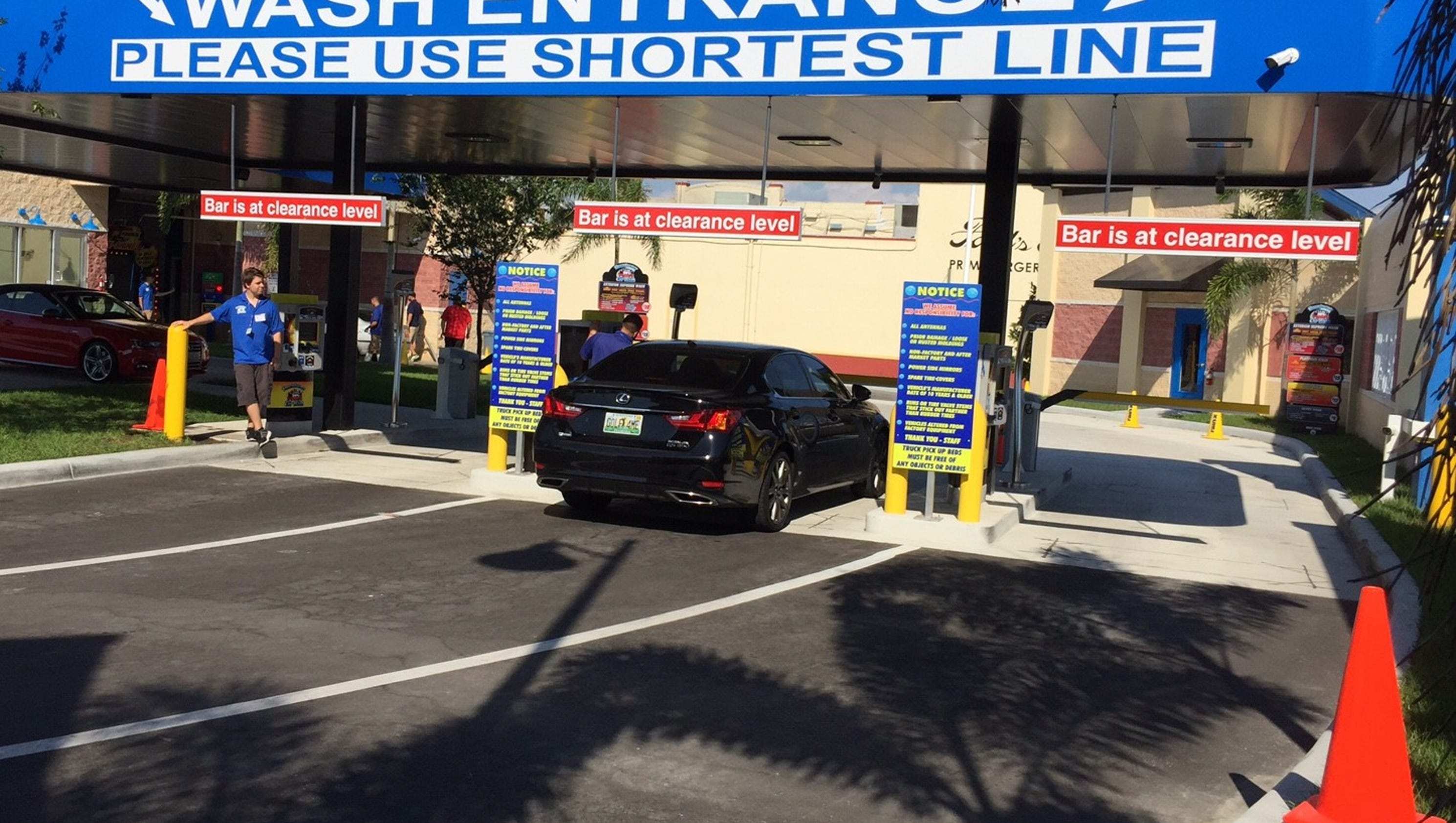 New cape coral downtowner car wash offers free washes in april solutioingenieria Images