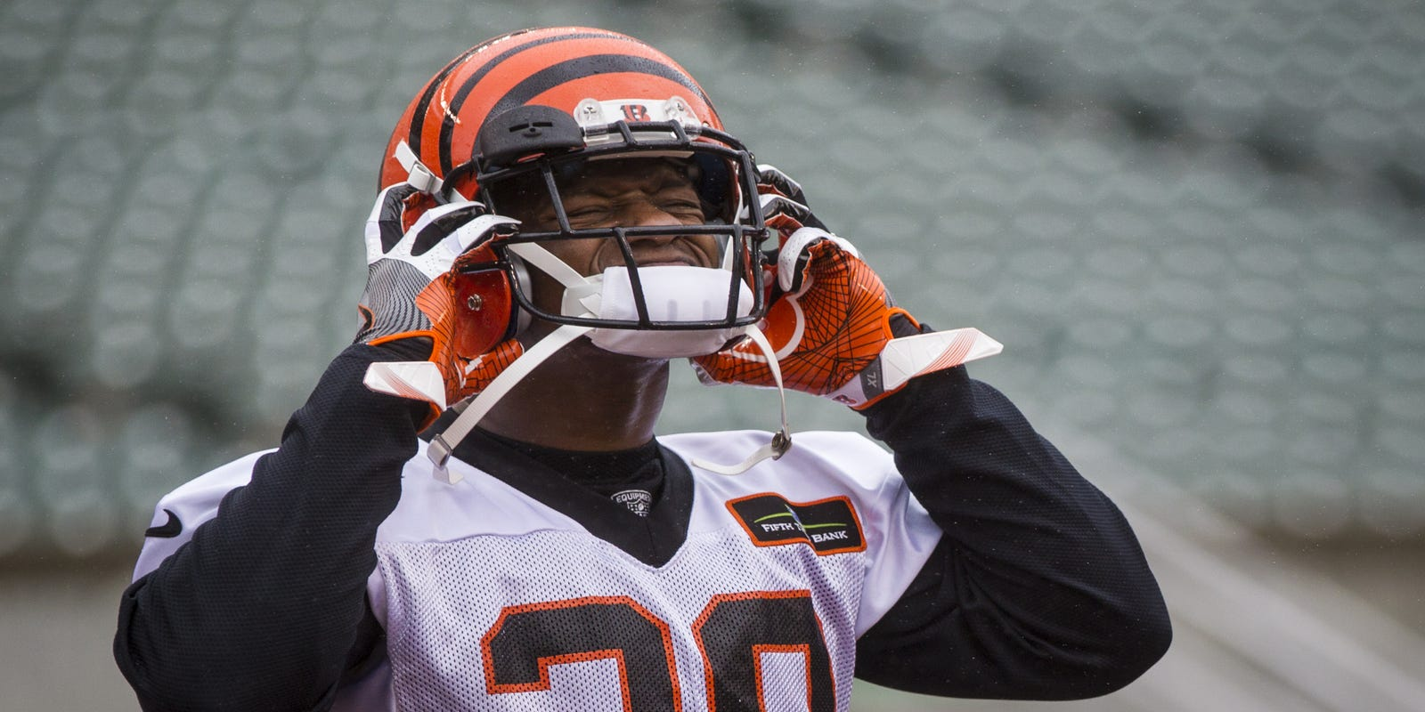 Bengals Insider Expect Nothing Strange In Mixon S Contract