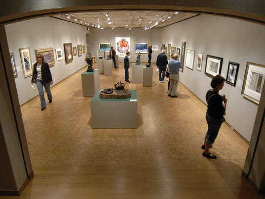 Birds Art offers diverse view on feathered life