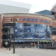 Retractable roof for Ford Field remains in play