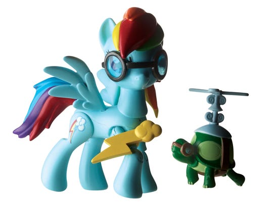 Rainbow Dash comes with Wonderbolt goggles and airborne