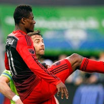 Photos: Sounders beat Timbers on Dempsey goal
