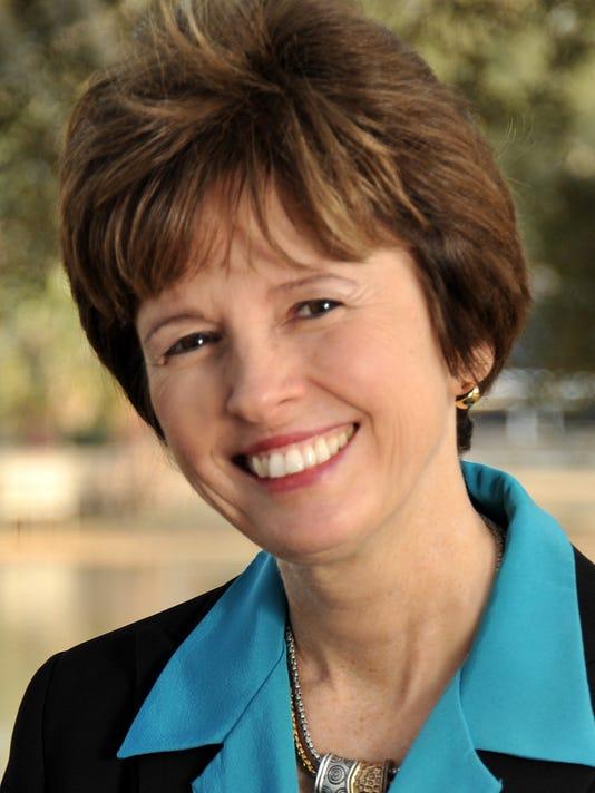 NancyMillerSIG.jpg