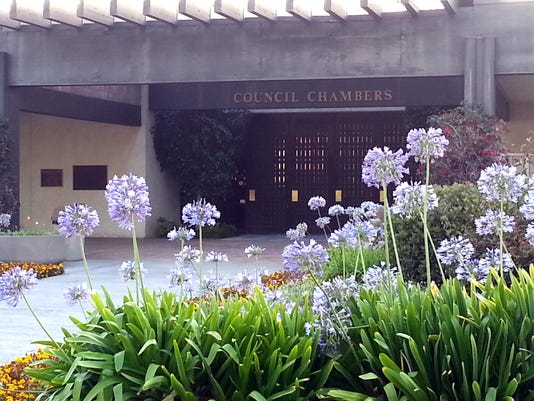 #stock_Camarillo-City-Council.JPG
