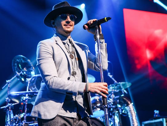 Chester Bennington of Linkin Park performs on stage
