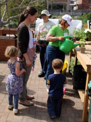 The free, family-friendly event runs from 10 a.m. until 1 p.m. at the university's Allen Centennial Garden, Steenbock Memorial Library and D.C. Smith Instructional Greenhouse.