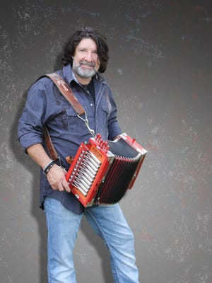 Wayne Toups is the featured guest for a special fundraising edition of Acadiana Roots April 7 at Feed N Seed.