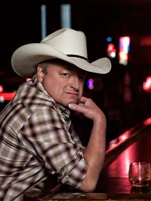 Country singer Mark Chesnutt will take his long list of hits to Inn of the Mountain Gods Resort & Casino in Mescalero, N.M., on Saturday.