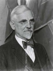 Painter Joseph Henry Sharp.