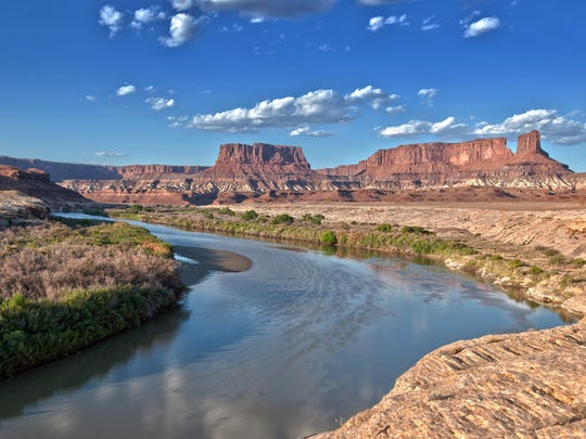 The Green River seen from White Rim Road in Canyonlands National Park, Moab.